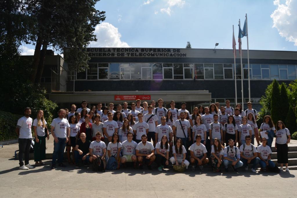 foto alumnos internacional